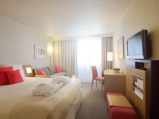 Tinqueux, France : Guest Room