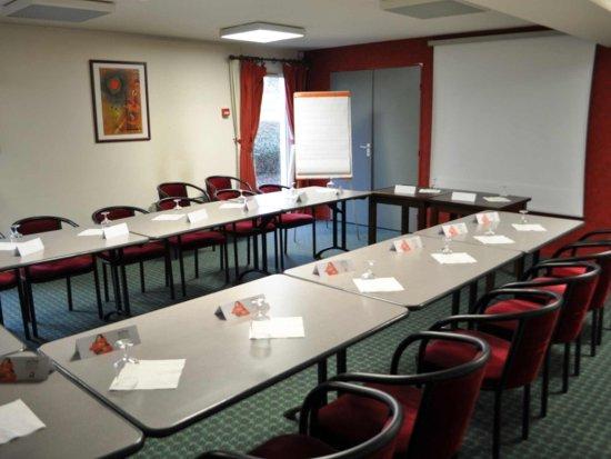 Ibis Autun : Meeting Room