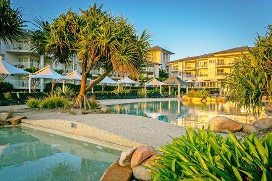 Kingscliff, Australia: Mantra On Salt Beach Swimming Pool
