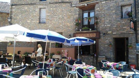 Boltana, Spanje: Aquí, nos pegaron la clavada de nuestra vida: Huir!