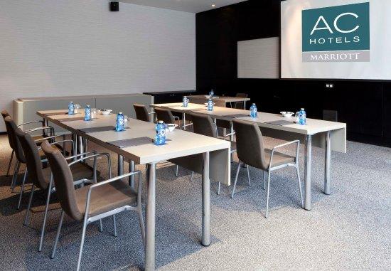 Pozuelo de Alarcón, España: Forum C – Classroom-Style Setup