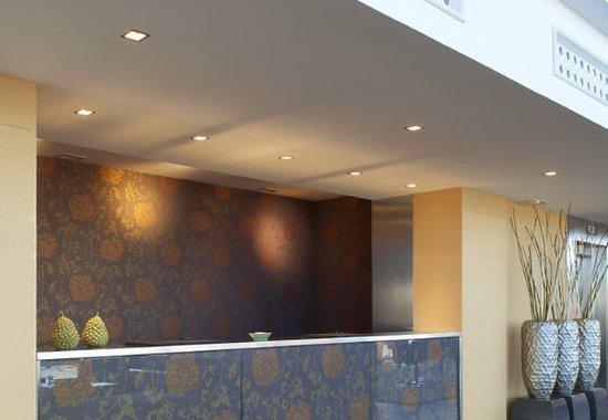 AC Hotel Palau de Bellavista: Reception