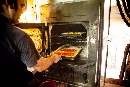 cucina, forno a legna - Bild von Ristorante Censin Da Bea, Borgomaro ...