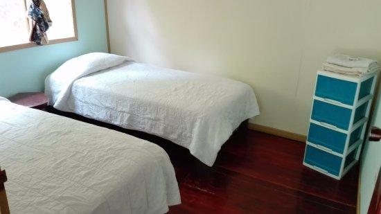 Paquera, Costa Rica: Esta habitación sencilla es ideal para los niños que viajan con su familia o para amigos.
