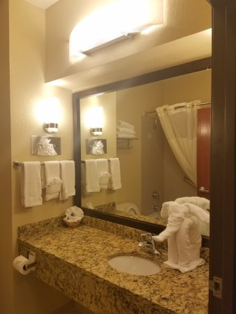Interior - Picture of Best Western Governors Inn & Suites, Wichita - Tripadvisor