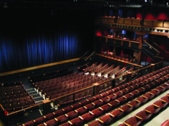 Hartford, WI: Ruth A. Knoll Theater