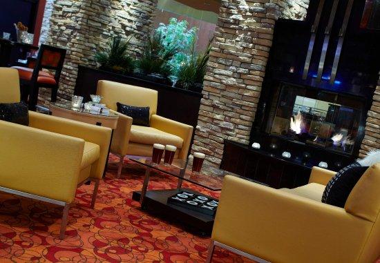 Carmel, IN: Grille 39 Fireplace
