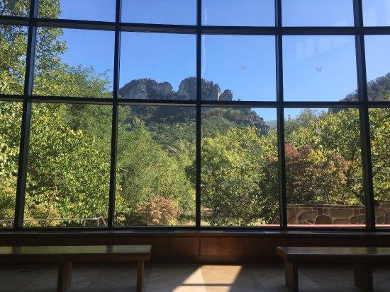 Seneca Rocks, WV: photo3.jpg