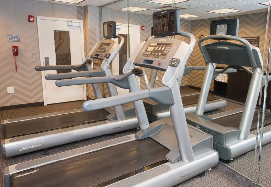 Hoover, AL: Fitness Center - Cardio Equipment