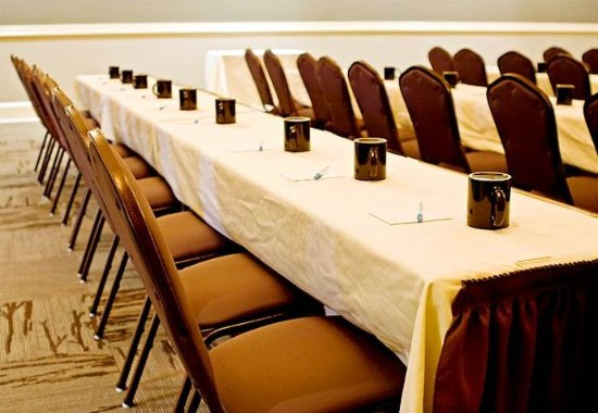Statesboro, GA: Conference Center – Classroom Setup