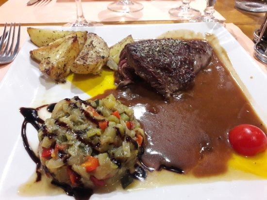 Le Beausset, Francia: La Pièce de bœuf du boucher, crème de romarin