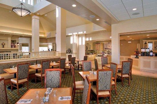 Hilton Garden Inn Lakewood: Great American Grill