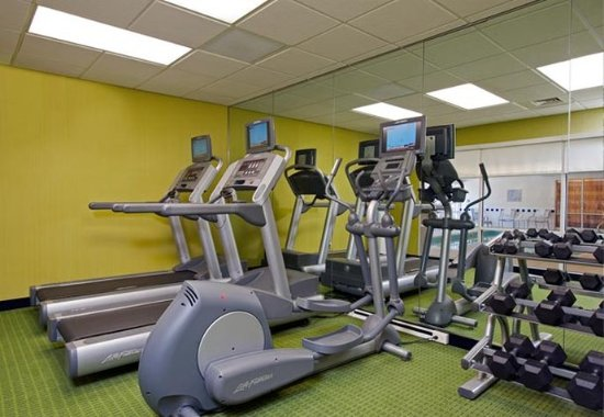 Naperville, IL: Fitness Center