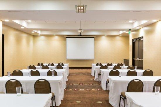 เทมเพิล, เท็กซัส: Conference Room