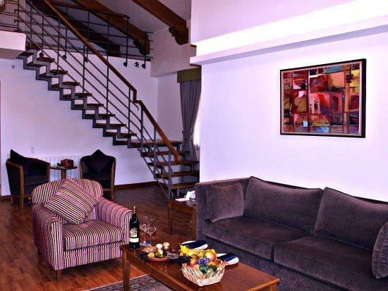 Кфардебиан, Ливан: Loft Suite
