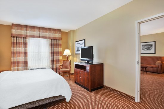 Sugar Land, TX: Suite