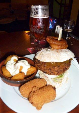 Jedburgh, UK: Vegan burger 1