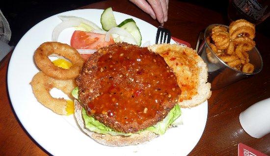 Jedburgh, UK: Vegan burger 3