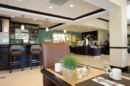 Hilton Garden Inn Huntsville South : Pavilion Lounge