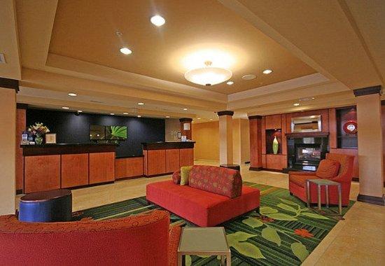 Wytheville, VA: Front Desk & Lobby