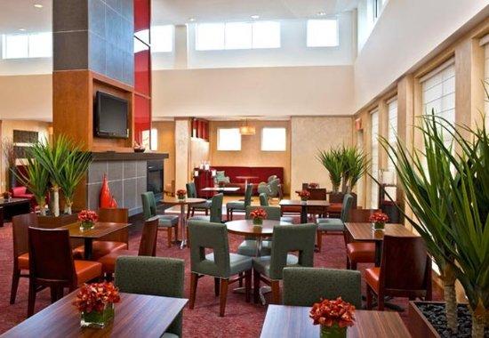 Newport News, VA: Breakfast Area