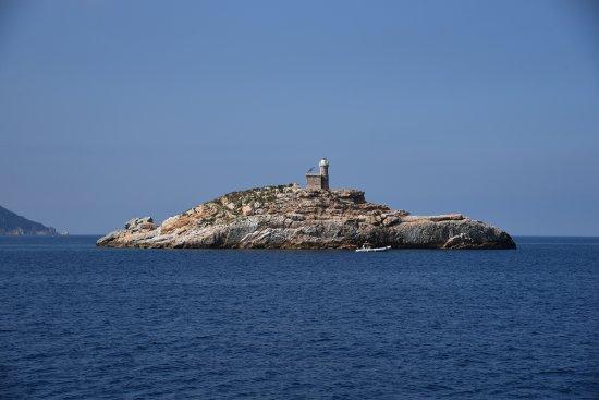 Marina di Campo, Italie : Il benvenuto dell'isola.