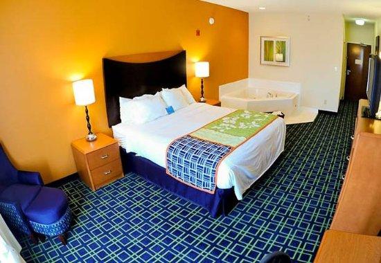 Shepherdsville, KY: Whirlpool King Room