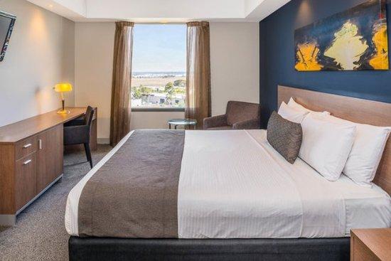 Mantra Tullamarine Hotel