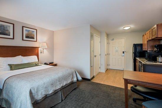 Perrysburg, Οχάιο: King Bed Guest Room