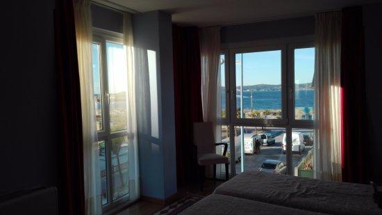 Hotel Playa de Laxe- Cost of the death: habitacion superior con vistas