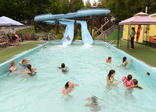 Woodstock, Canada: 2 Giant Waterslides with Heated Pool