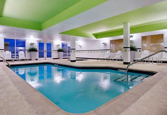 Conway, AR: Indoor Pool & Spa