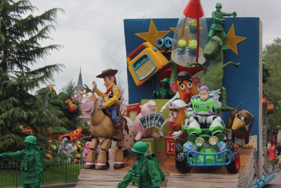 Disney Village: photo2.jpg