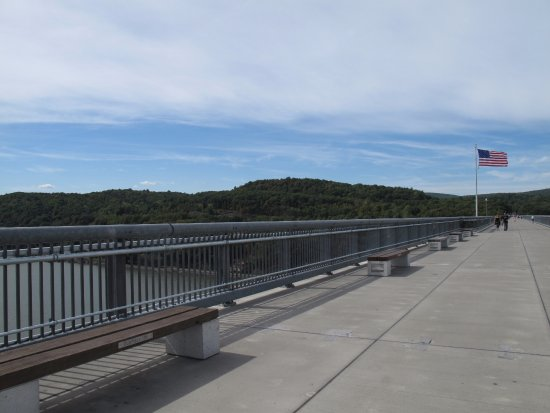 Poughkeepsie, estado de Nueva York: One the Walkway