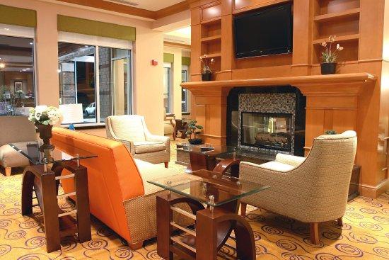 Suffolk, Вирджиния: Lobby Sitting Area