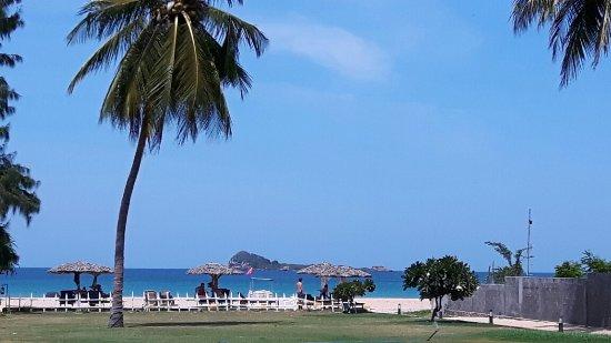 Pigeon Island Beach Resort: 20160908_132535_large.jpg