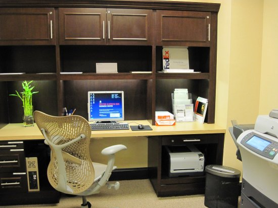 Tifton, GA: Business Center