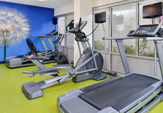 Fairfax, VA: Fitness Center Equipment