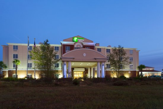 Photo of Holiday Inn Express & Suites Moultrie