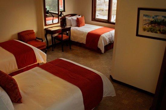 Hotel Sebastian: Estándar Triple:  3 camas full size, TV por cable, wifi, calentador.