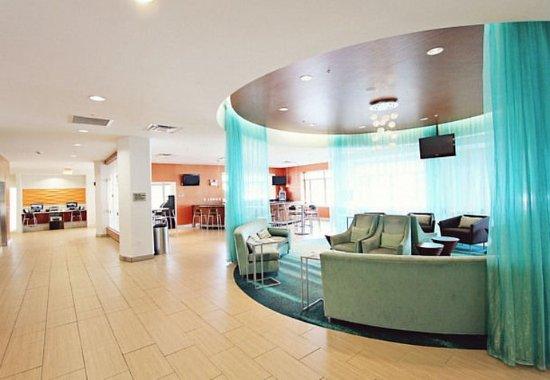 SpringHill Suites Cincinnati Midtown: Lobby