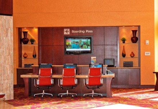 แอลเลน, เท็กซัส: Business Center