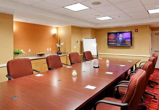 Yonkers, نيويورك: Meeting Room