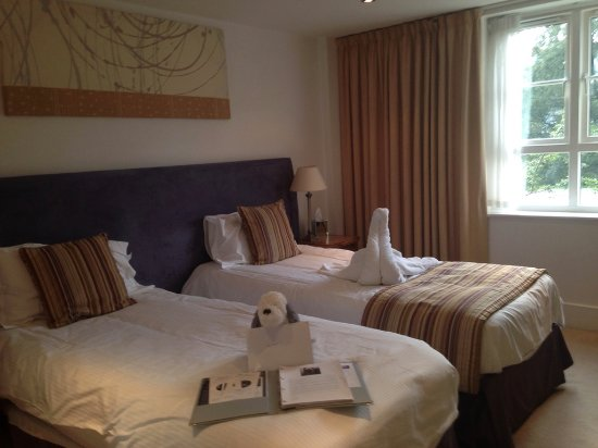 Waterhead Hotel: Our room!