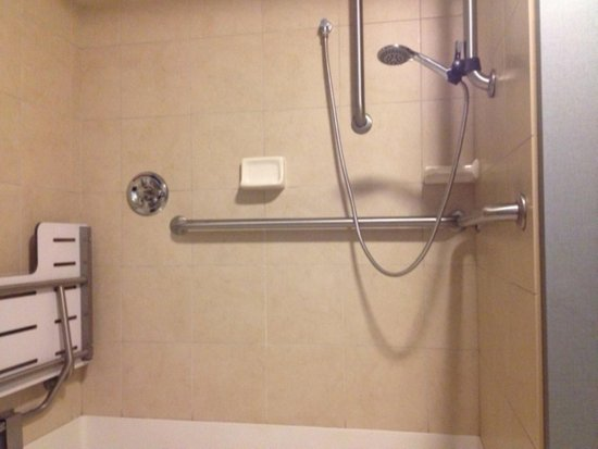 Jonesboro, AR: Accessible roll-in shower