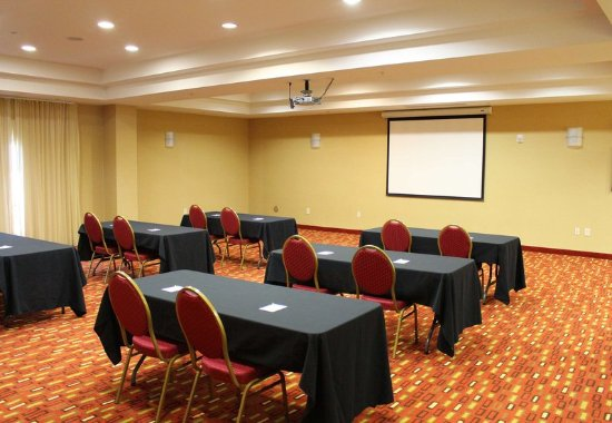 Clarksville, TN: Meeting Room – Classroom Setup