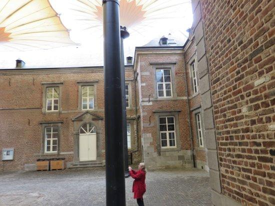 Bilzen, Bélgica: binnenplaats