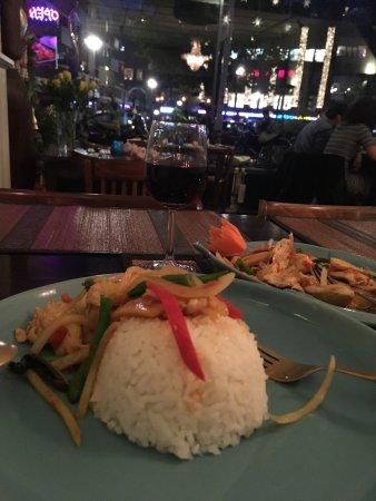 Siriporn Thai Restaurant : photo1.jpg