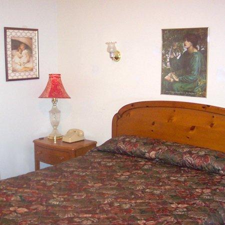 Grannys Motel Frackville PABed