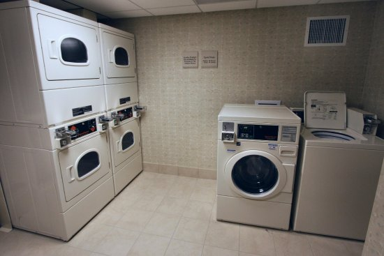 Bethesda, MD: Laundry Services